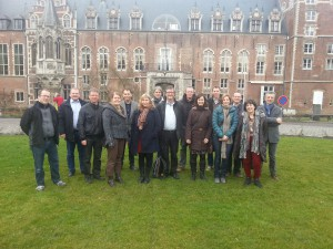 The project partners in front of Arenberg Castle